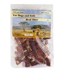 For Dogs and Cats Pochoutka Hovězí maso kostky 230 g